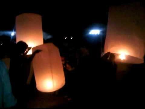 Skylanterns Flying Lanterns Thailand Komloy