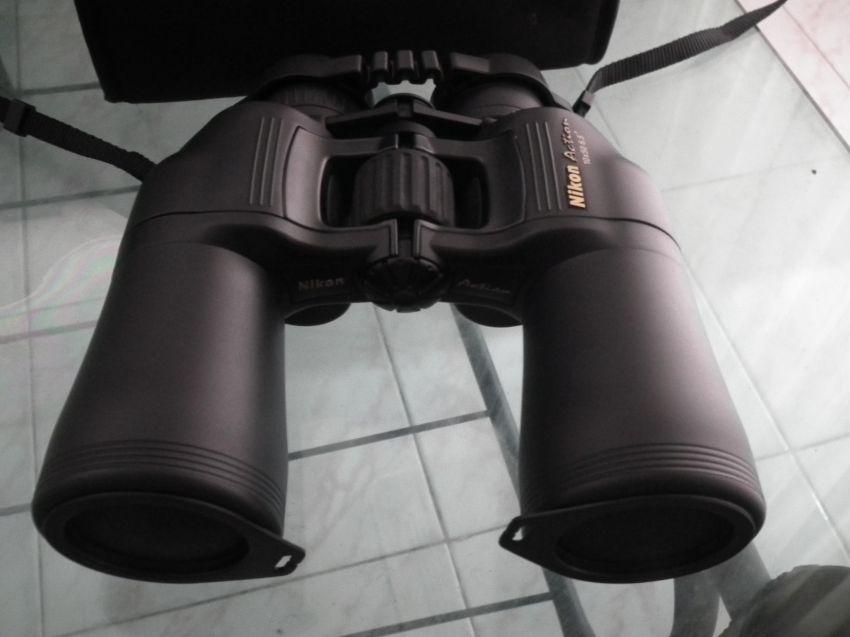Nikon action 10x50 6.5 deg Binoculars, as good as new