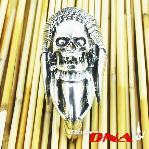 The Claw & Tusks Indian Skull Coke Silver Ring