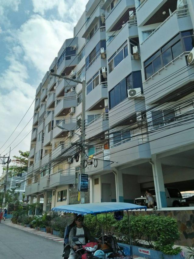 Studio For Rent 6,000 Baht in Soi Pattaya Park Hotel