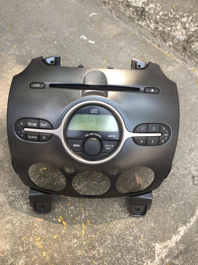 Mazda 2 car stereo