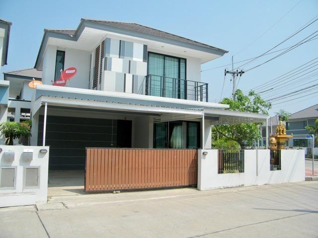 Furnished Villa in Ban Mai