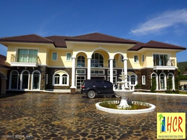 Exclusive Mansion style 6 Bedroom property in Pranburi.