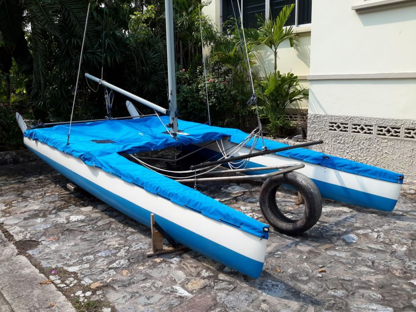 Nacra 5.2 completely rebuilt like new