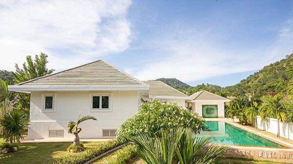 Reduced! 4 Bedroom Riverside Pool Villa