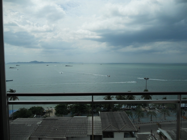 Northshore Pattaya beachside 2 Bed 112m2