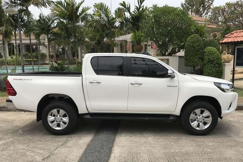 New Toyota Hilux 2017 for rent in Pattaya
