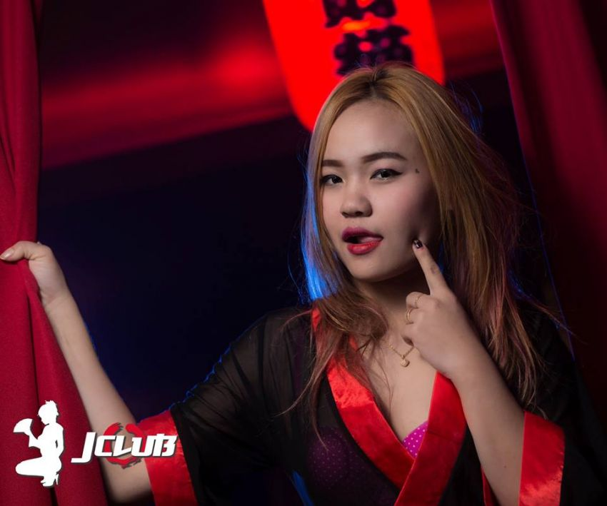 Jclub gentlemens club for sale on Soi Bongkok 8