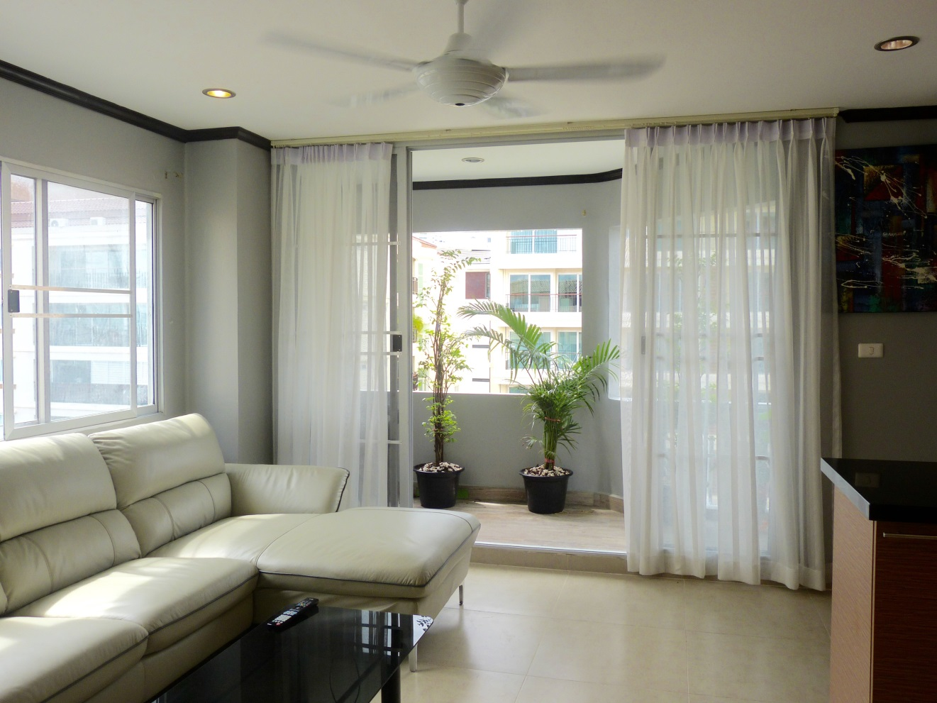 JomtienThip,6th Flr, 1bdr, Corner Unit with Tub,