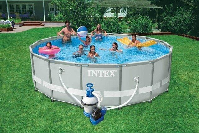 Brand new Intex 16ft Ultra Frame Pool