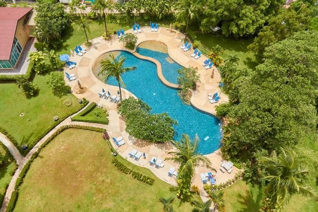 Phuket Palace resort condo Patong large studio 50m2 for sale