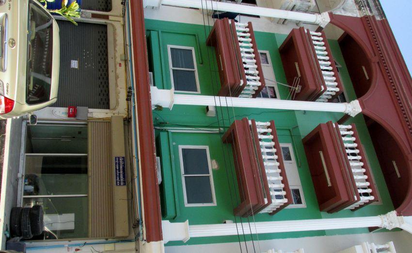 For Sale 4-storey shophouse (2 Buildings) Laem Chabang