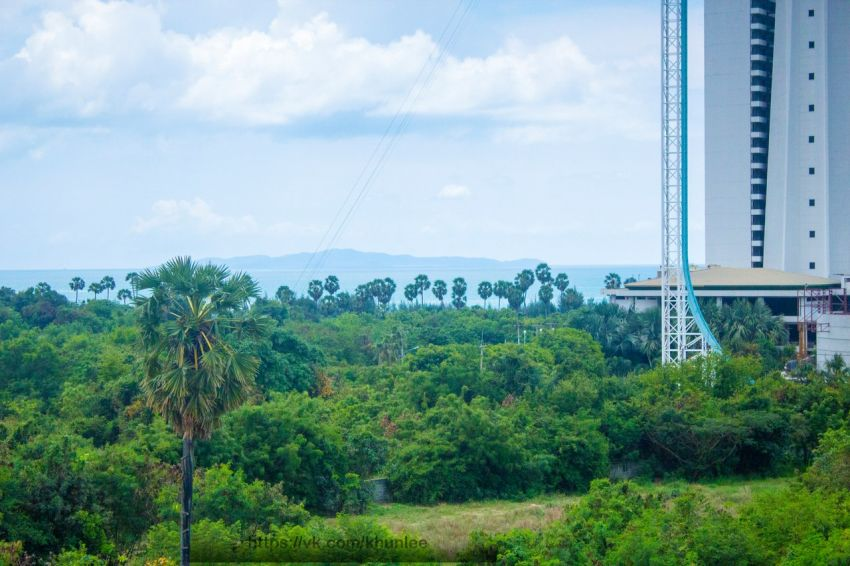 Studio For Sale under 1 M THB with ocean view