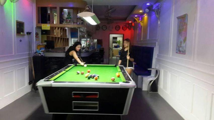 Pattaya Bhua Kao Bar with 9 Rooms Discounted