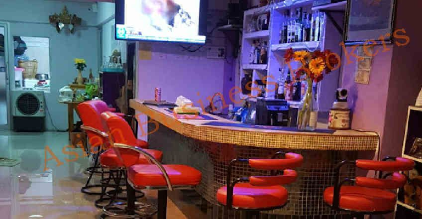 1202044 Beer Bar with Rooms off Soi Buakhao Pattaya