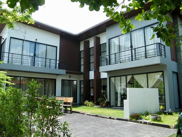 Big property near Pakthongchai