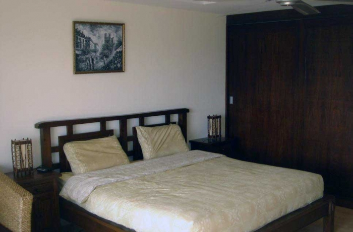 Large Lovely Studio 52 M² For Sale.Only 31 000 thb /Per Sq. M