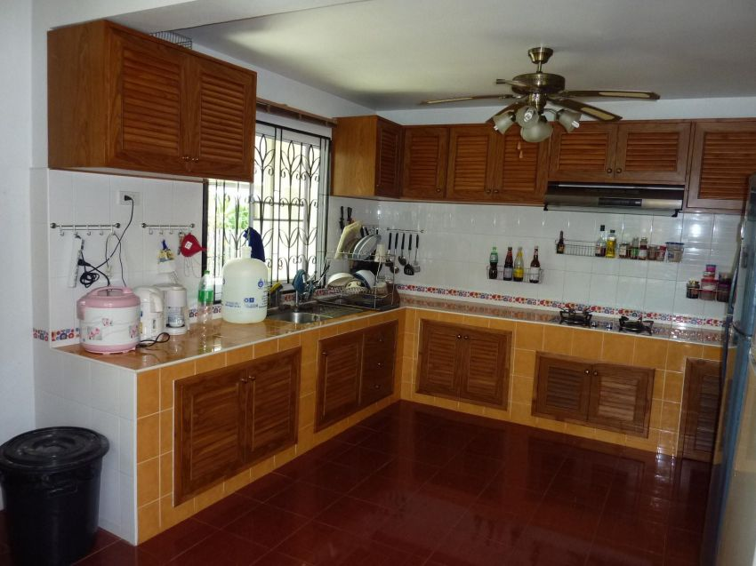 2-Storey Western Style House for Sale! 2,99 Mio Baht