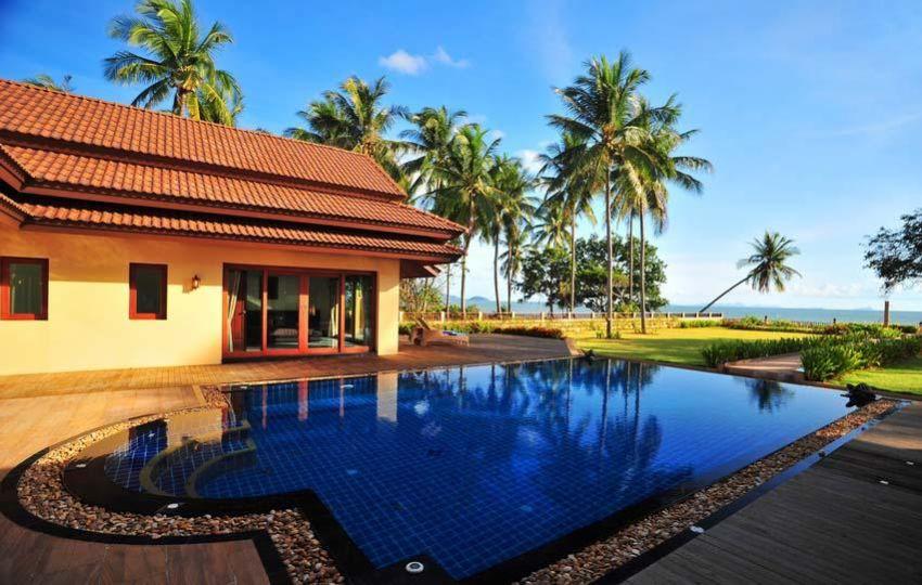 Reduced! 4-Bed, Beachfront Krabi Villa for Sale