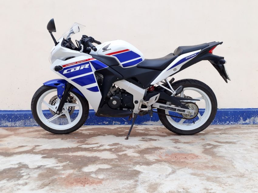 Honda CBR 150 9mts Old As New 8500km