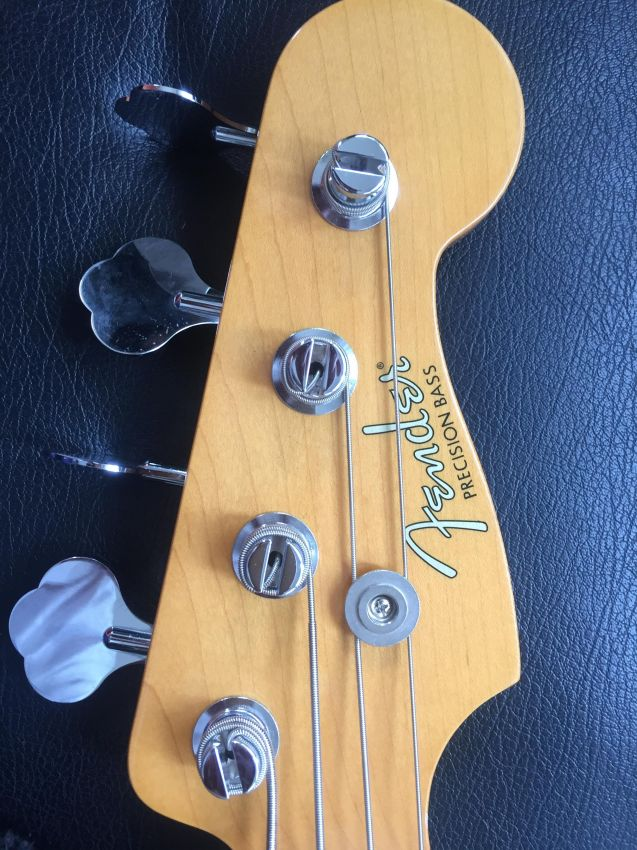 Fender Bass Roger Waters Signature PRICE DOWN