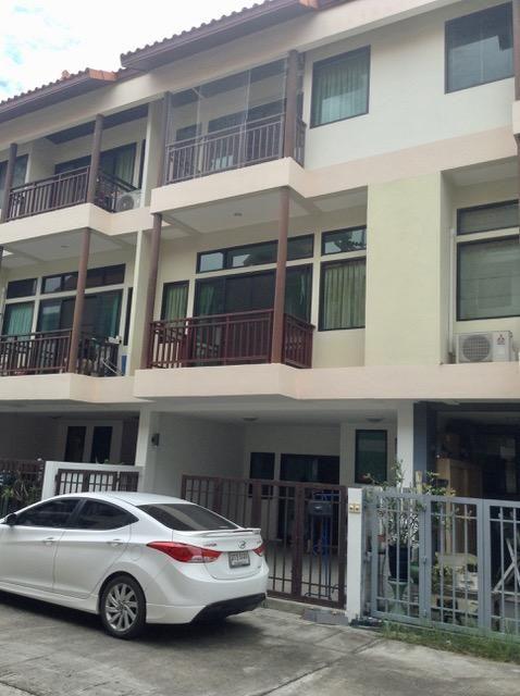 Townhouse in Pattaya Center
