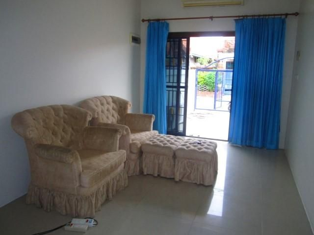 South Pattaya Low Priced 2 Bedroom House Sale