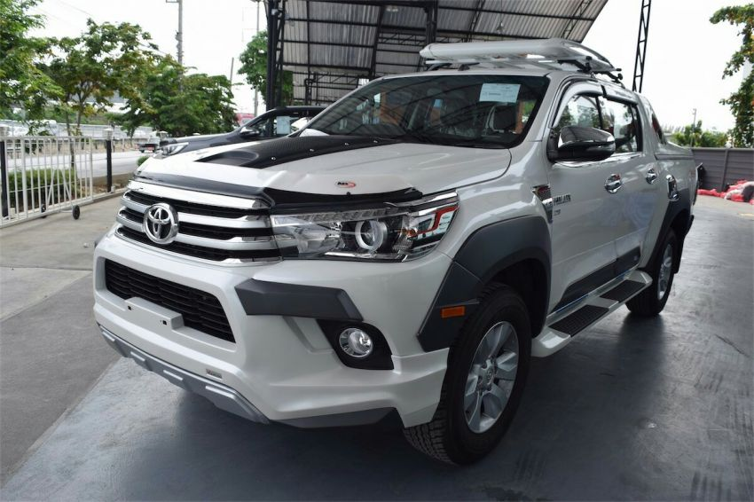 Toyota hilux dealer.Buy + sell .Easy instalment