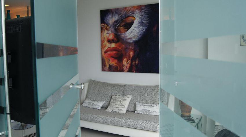 2 Bedroom Modern Suite. Wongamat. 27k