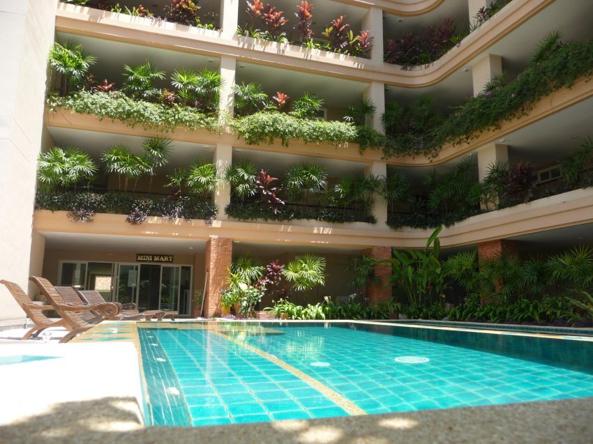 230 sq.m. condo for rent or sale in Pratumnak Hill,Pattaya.
