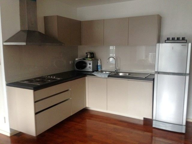 Neat 2Br Condo near the BTS Sukhumvit 8