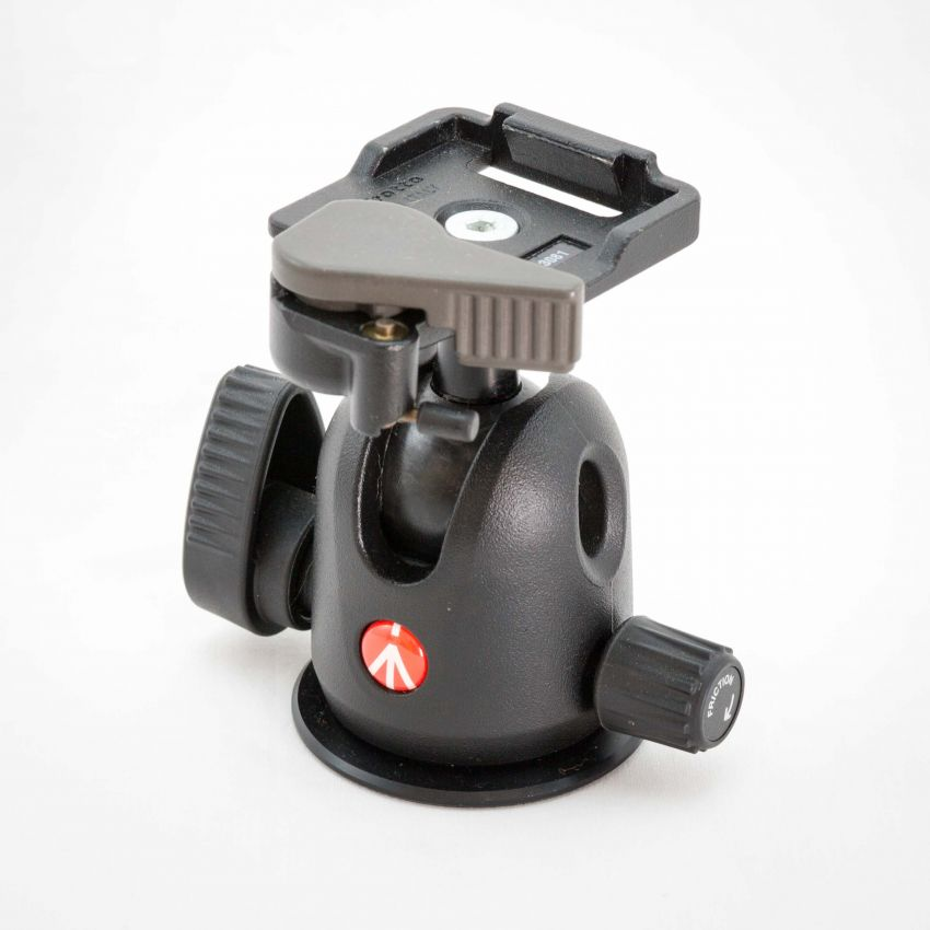 Manfrotto 496RC2 Compact Ball Head with RC2 Quick Release.