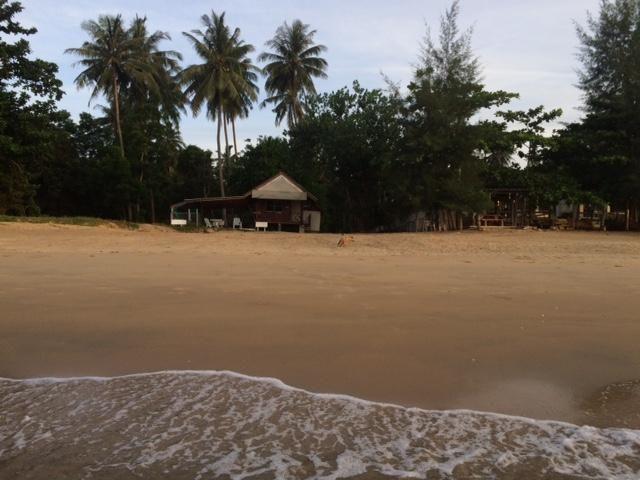 Absolute Beach Front land, 1 Rai, 47 Talang Wah