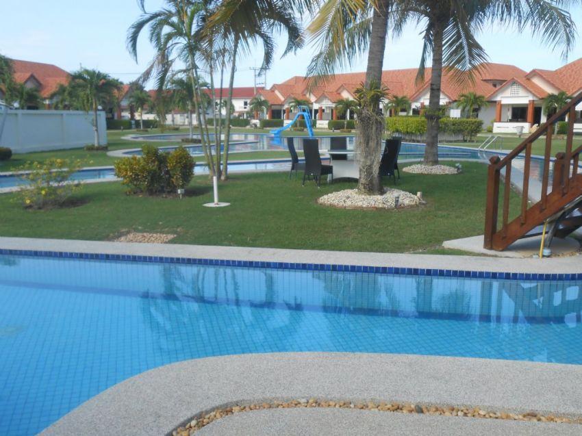 Thailand Hua Hin large pool villa Soi 102/112