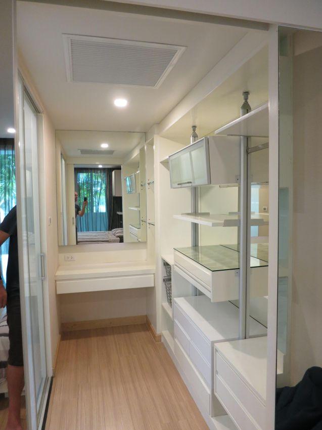 1 Brm, 81sqm ground floor condo for Rent (Apus Condo)