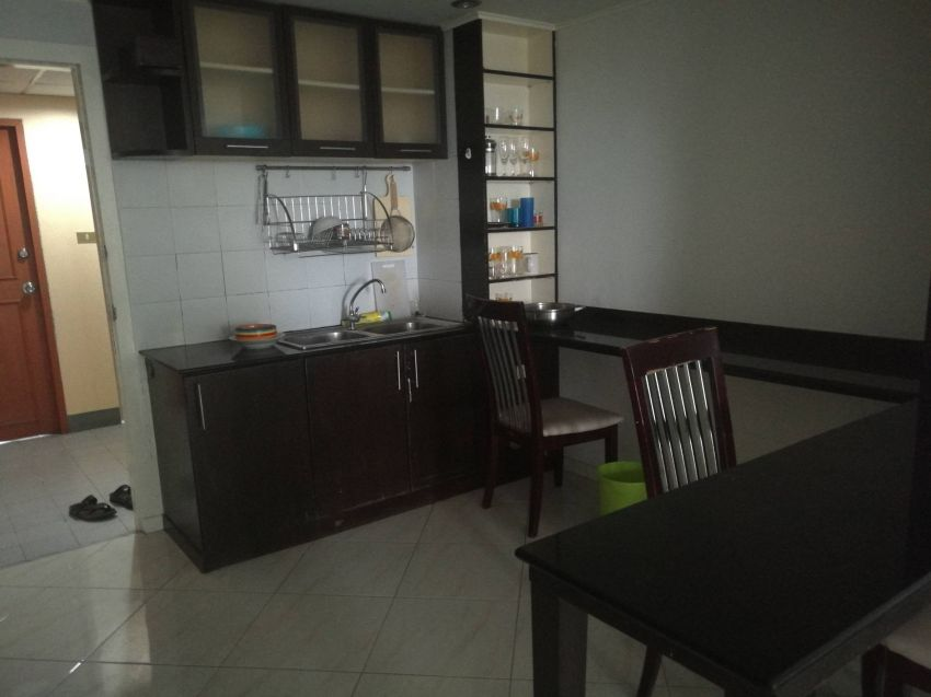 Nice 1 bedroom 80sqm For sale pratamnak seaview kiengtalay