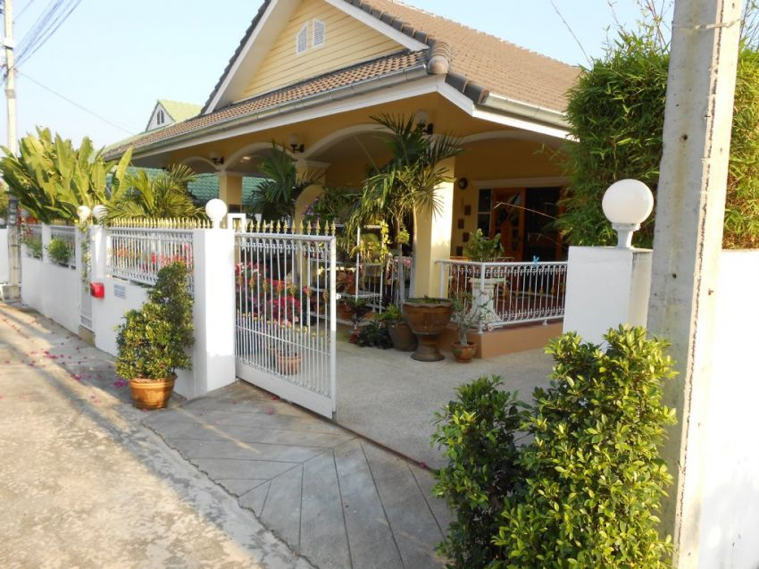 Beautiful villa soi 102 Near downtown Hua Hin
