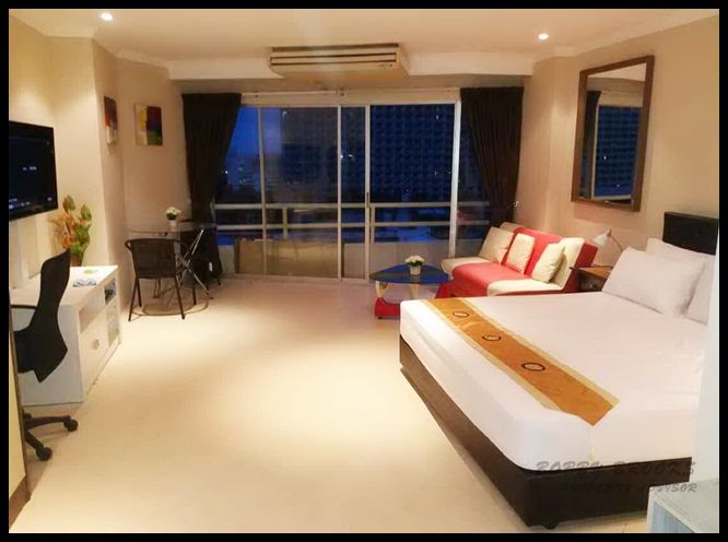 Large Corner Studio- 1 Bath for Rent at View Talay 1