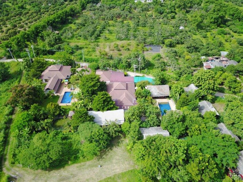 Quick Sale Resort for Sale on 5 Rai with 2 Swimming Pools