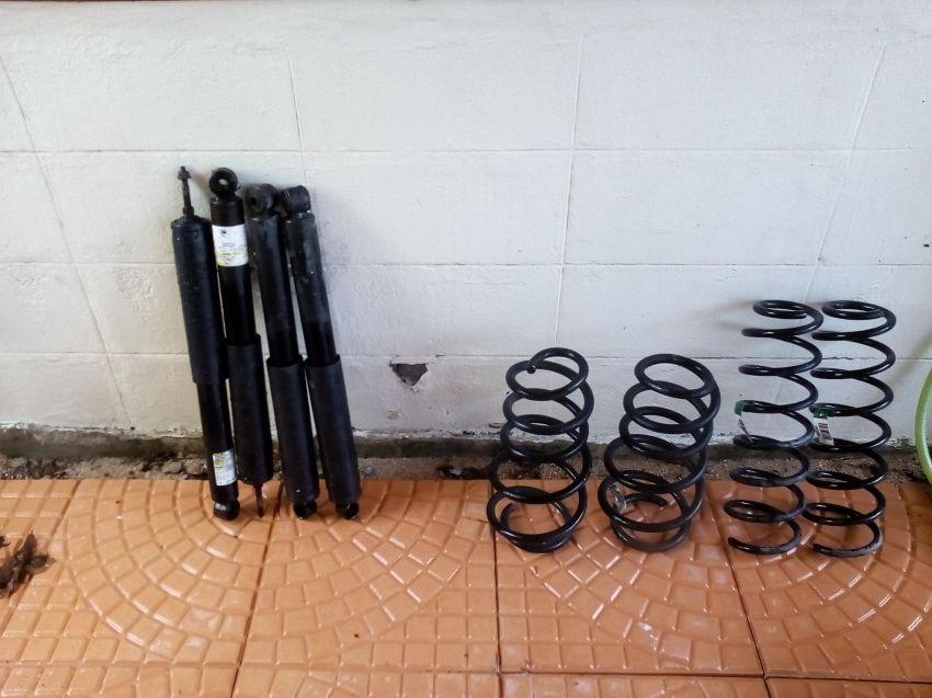 Set of coil springs and shocks for Jeep Wrangler JK