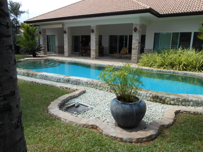 Big pool villa 1300 sqm Pak Nam Pran Pranburi