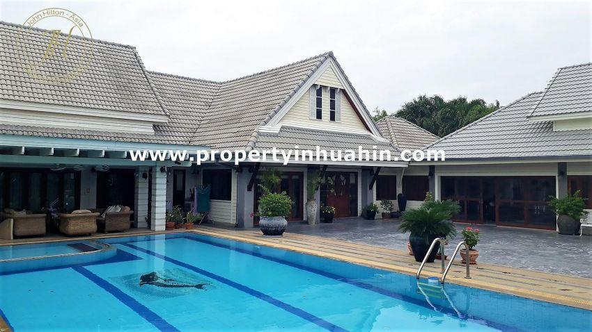 Executive pool villa for sale In Hua Hin