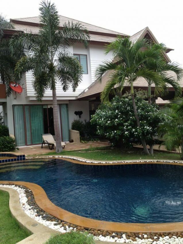 3 Bedroom/3 Bath House in Hin Lek Fai Community