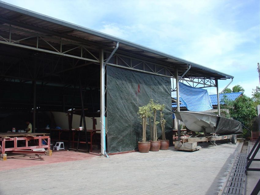 Office, Workshop/Store, for sale in central Chalong area