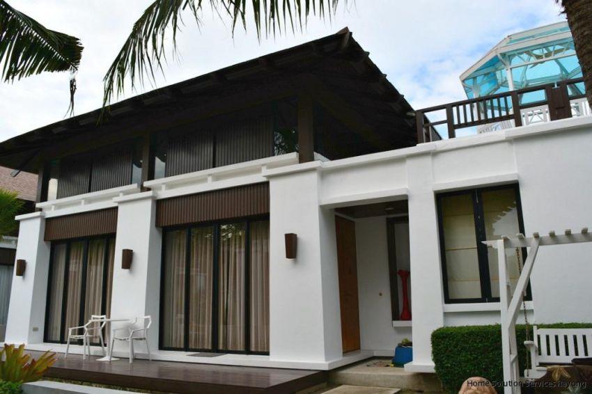 3bedroom house in Oriental Beach Village