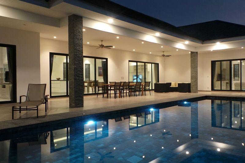 New 3 BR 3 Bath Furnished Pool Villa