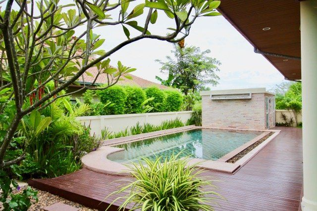 Pool villa 210 sqm west Hua Hin 10 minutes city
