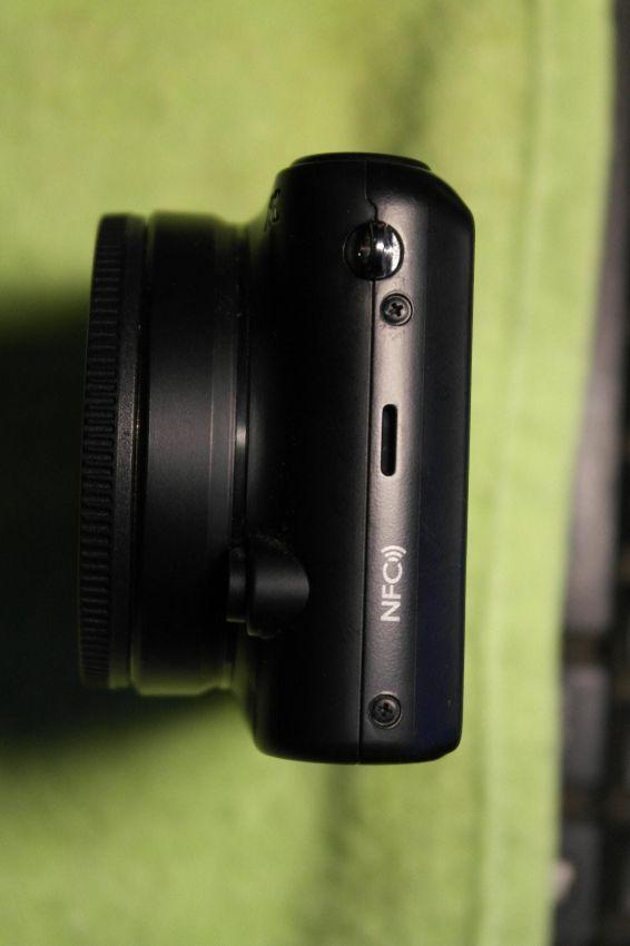 Samsung NX2000 20.3MP Camera, Black Body