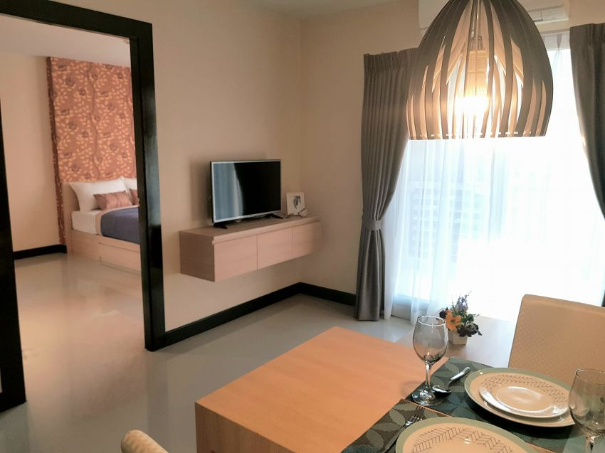 Fully furnished equipped one bedroom condo in Hua Hin Town
