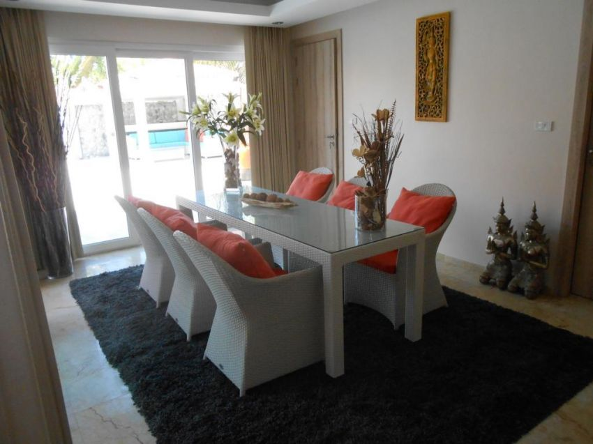 Reduced Price !!!   3 bed room villa in Pattaya for sale